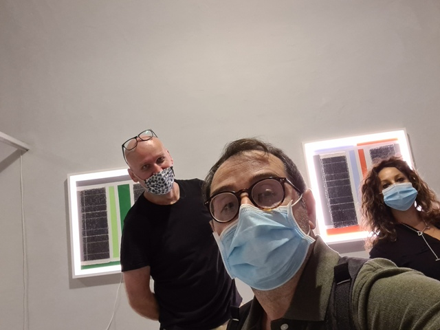 1 LUCEAN, Borghini Arte Contemporanea, set up of the exhibition with the curator Giusy Emiliano and the polish artist Piotr Hanzelewicz