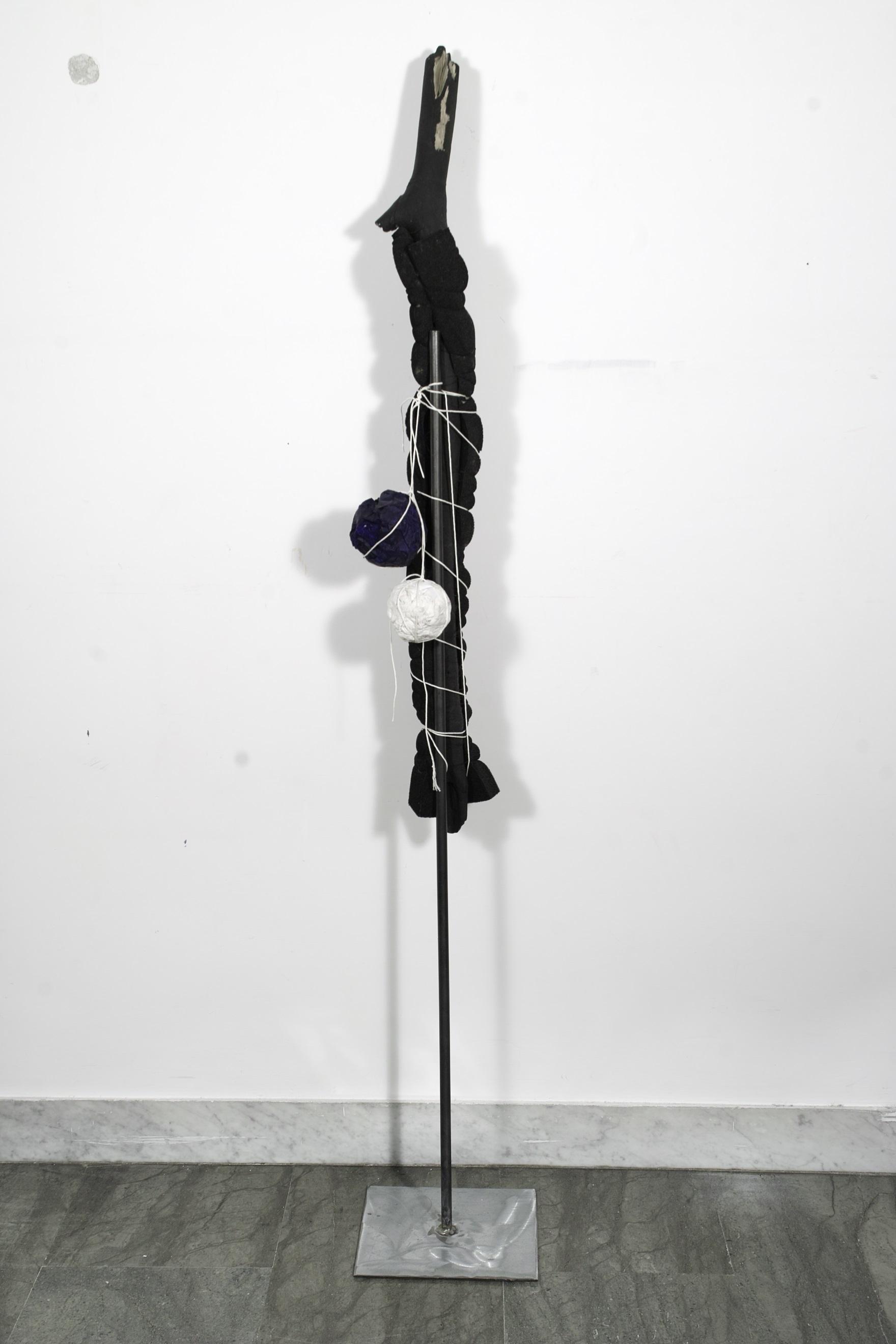 Height 1,30 cm - Width 15 cm