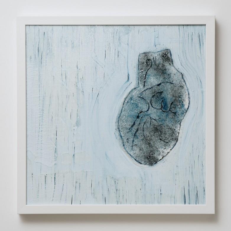 Marco-Angelini---cuore-7---cm-45x45---mixed-media-technique-on-canvas---photo-by-Gaetano-Zaccaria
